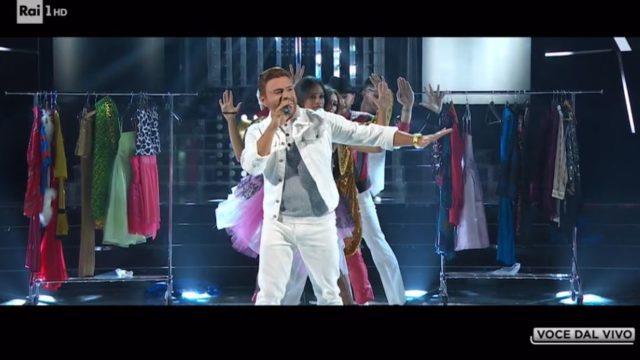 Tale e Quale Show 18 settembre, diretta - Virginio imita Justin Timberlake