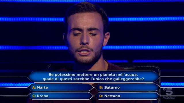 Chi vuol essere milionario 22 settembre, diretta - Quarta domanda Vittorio Nalbone