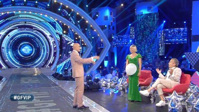 GF Vip 5 puntata 14 settembre palloncino