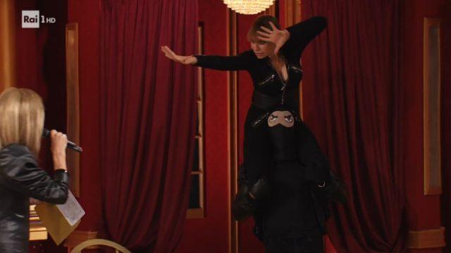 Ballando con le Stelle 24 ottobre, diretta - Alessandra Mussolini è Eva Kant