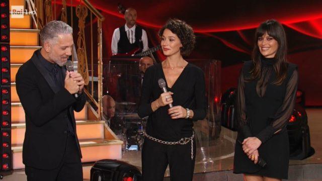 Ospiti Beppe Fiorello, Claudia Pandolfi e Nicole Grimaudo