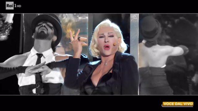 Tale e Quale Show 23 ottobre, diretta - Carmen Russo imita Madonna