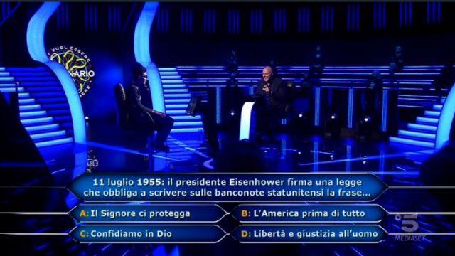Chi vuol essere milionario 15 ottobre, diretta - La quinta domanda a Chris Joseph Caraccioli