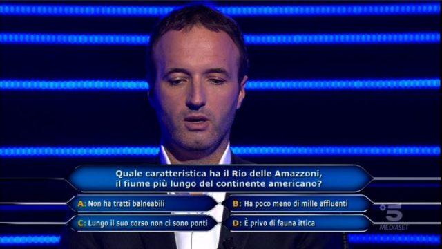 Chi vuol essere milionario 22 ottobre, diretta, quinta domanda Federico Monutti