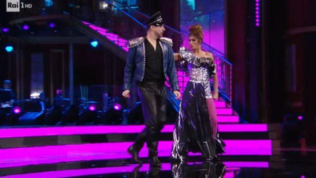 Ballando con le Stelle 31 ottobre, diretta, Costantino Della Gherardesca e Sara Di Vaira