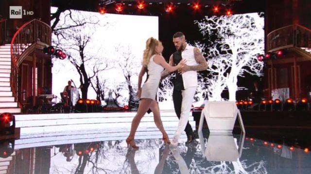 Ballando con le stelle 24 ottobre, Daniele Scardina e Anastasia Kuzmina