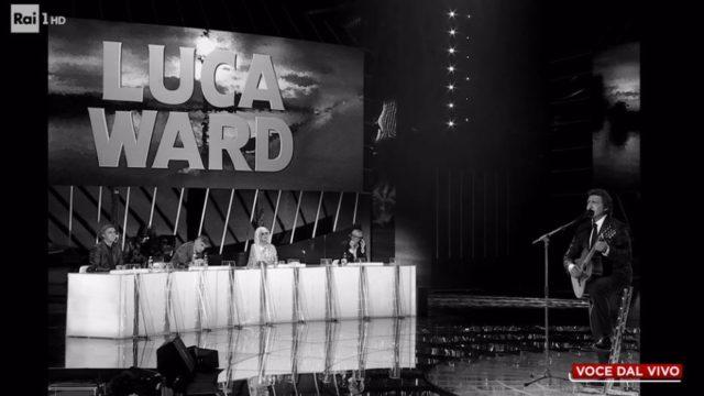 Luca Ward imita Domenico Modugno nella sesta puntata