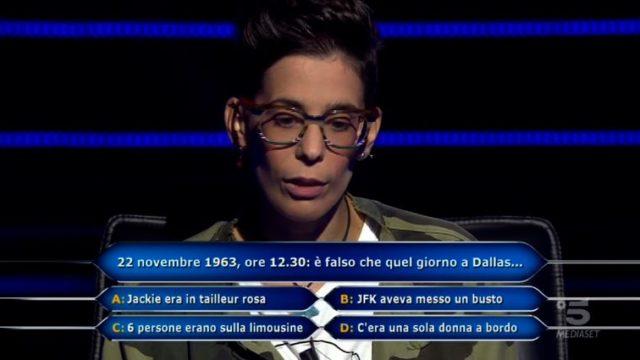 Chi vuol essere milionario 8 ottobre diretta, la decima domanda di Sara Ricciardo