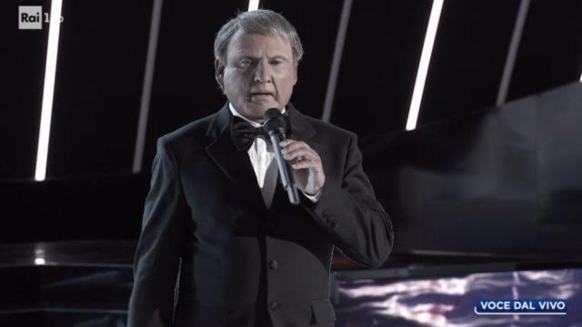 Tale e Quale Show 23 ottobre, diretta, Francesco Paolantoni imita Frank Sinatra