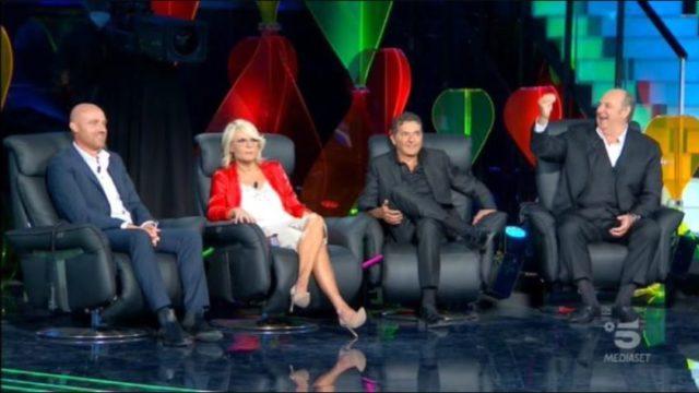 Stasera in TV sabato 3 ottobre 2020 – Programmi, film Canale 5 e altri canali Mediaset