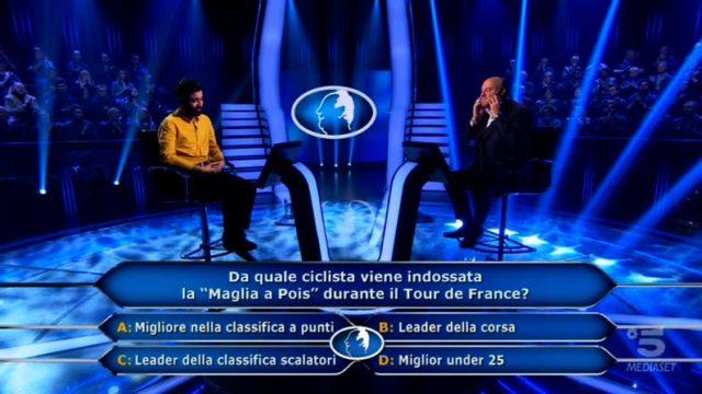 Chi vuol essere milionario 5 novembre 2020, diretta, quarta domanda Sandro Iannacone