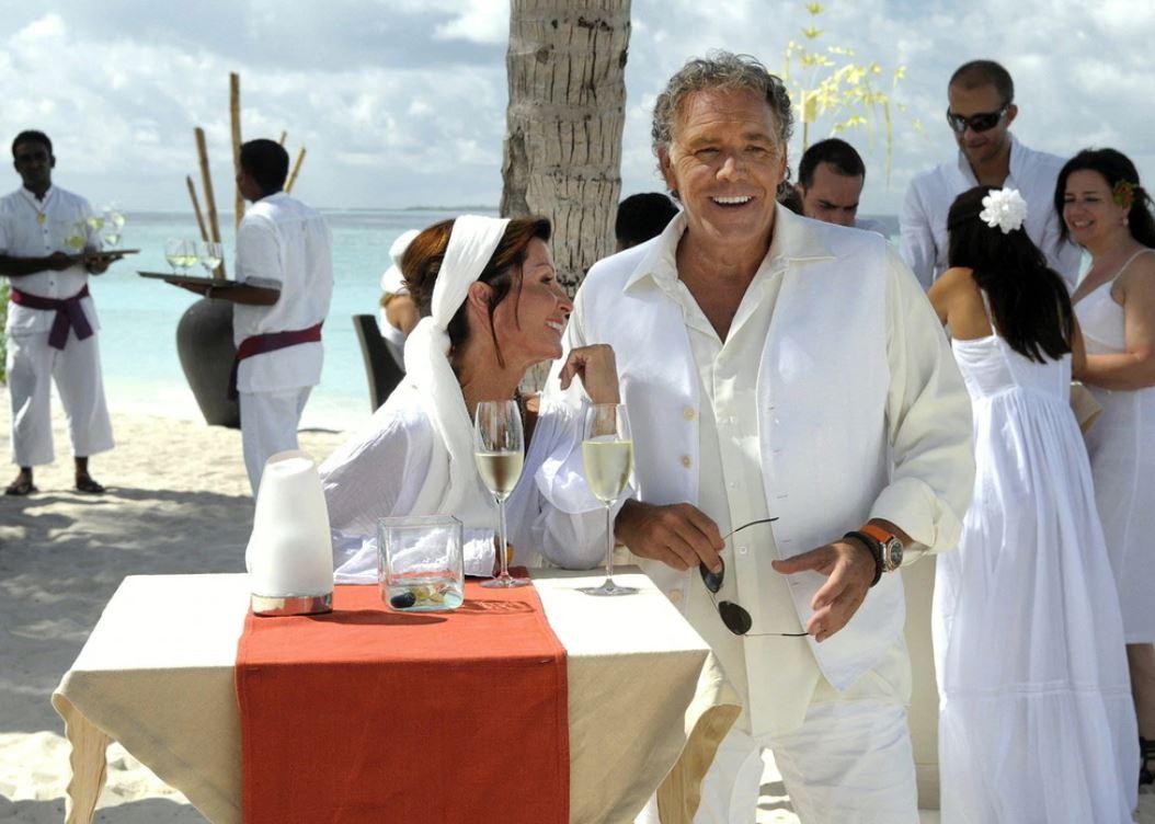 Dream Hotel Maldive film attori