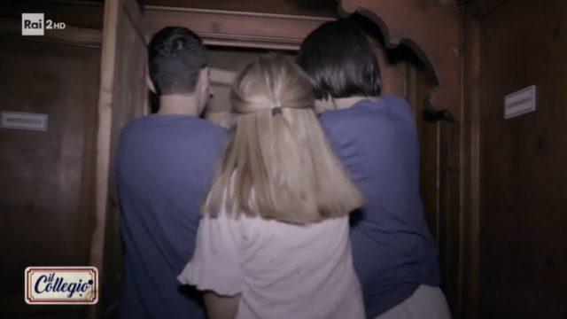 La notte del caciocavallo di Giulia Scarano e del bacio tra Luna e Simone