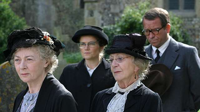Miss Marple il terrore viene per posta film dove è girato