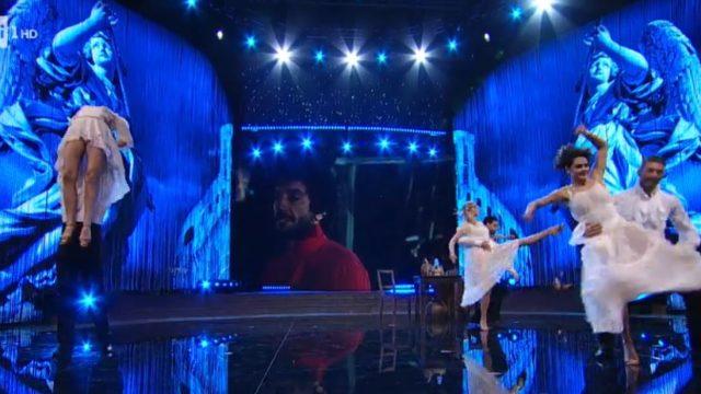 Ballando con le Stelle 7 novembre, diretta, Stefania Sandrelli omaggio a Gigi Proietti