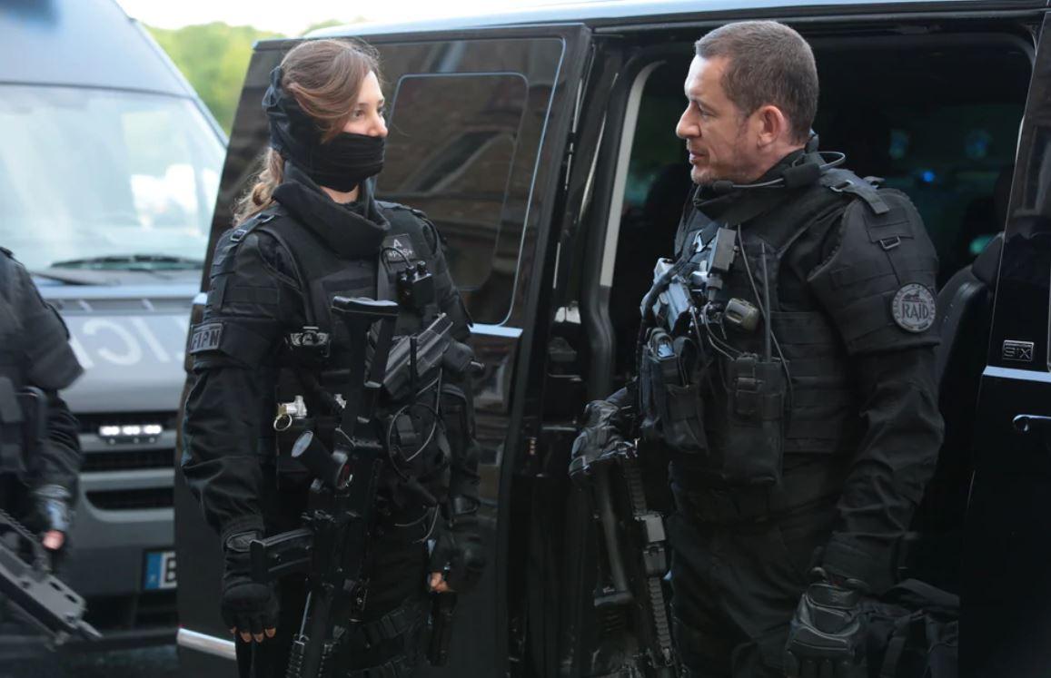 Raid Una poliziotta fuori di testa film attori