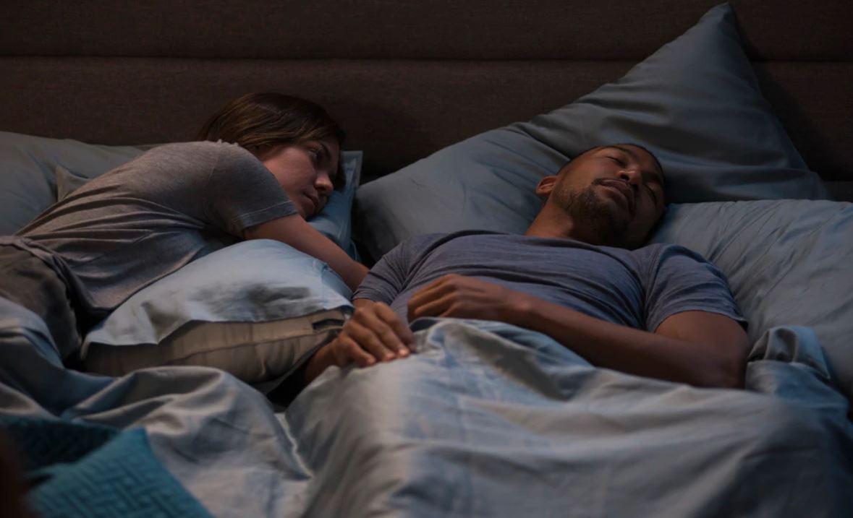 L'amore non dorme mai film attori