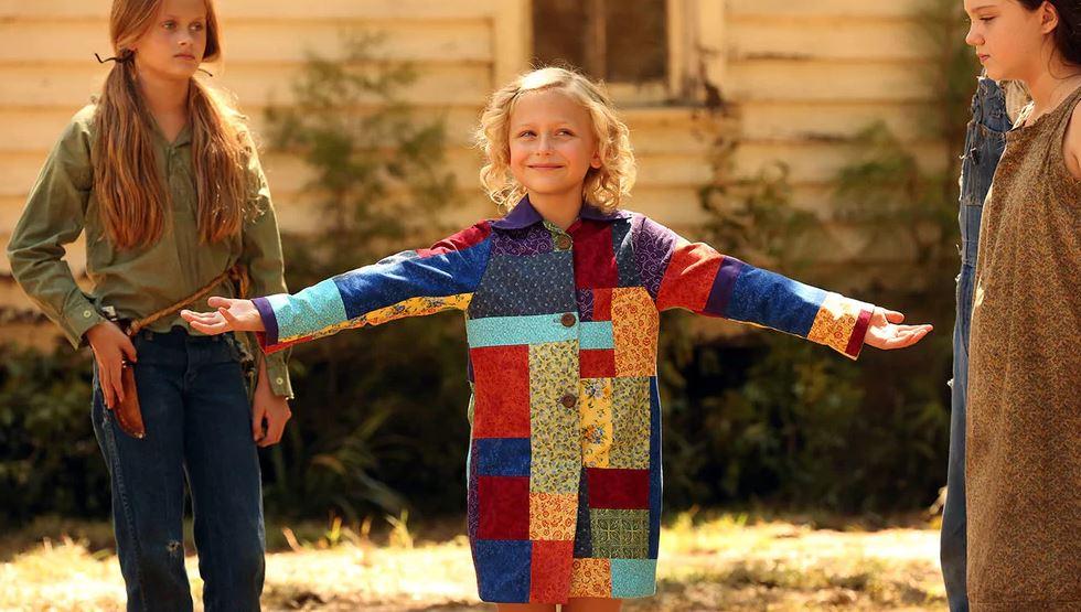 Un cappotto di mille colori Dolly Parton bambina