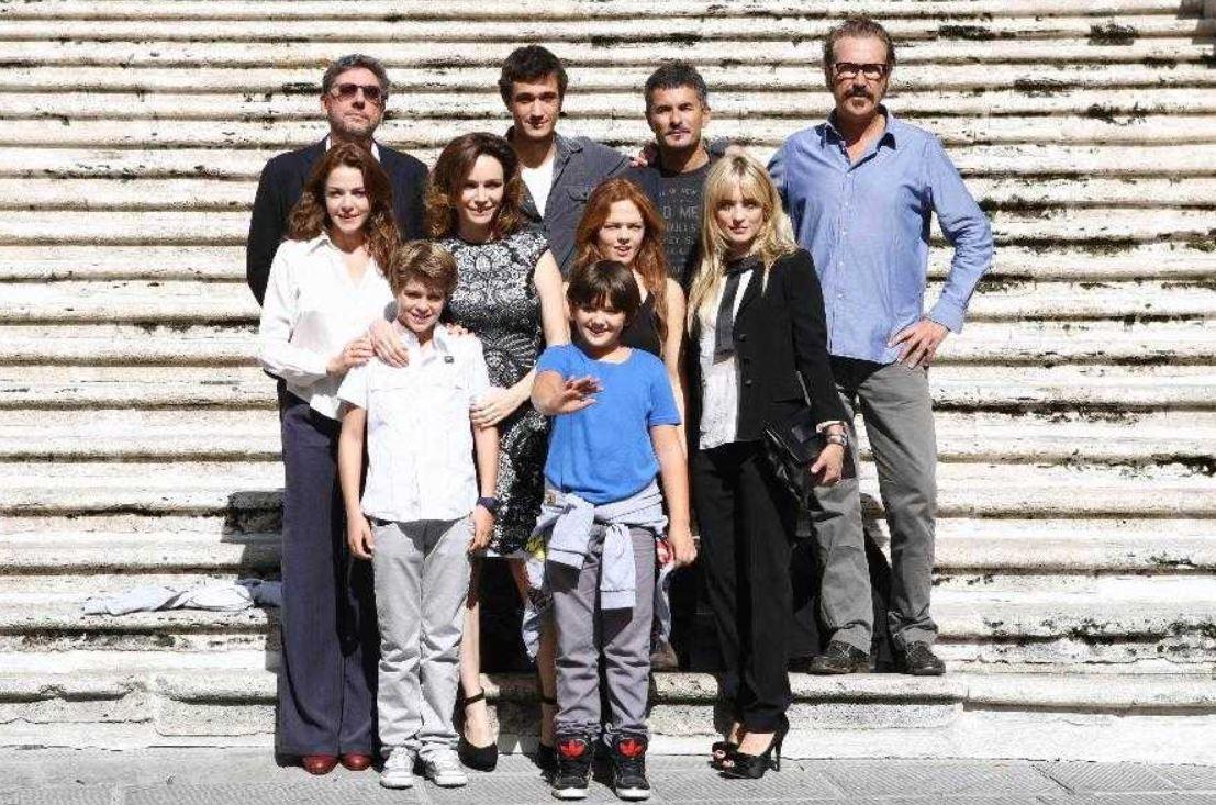Una famiglia perfetta film Rete 4