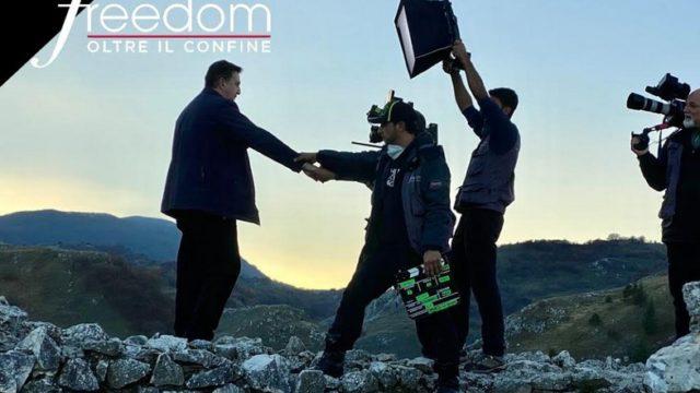 Freedom – Oltre il confine venerdì 29 gennaio, castelli medievali e religioni dimenticate