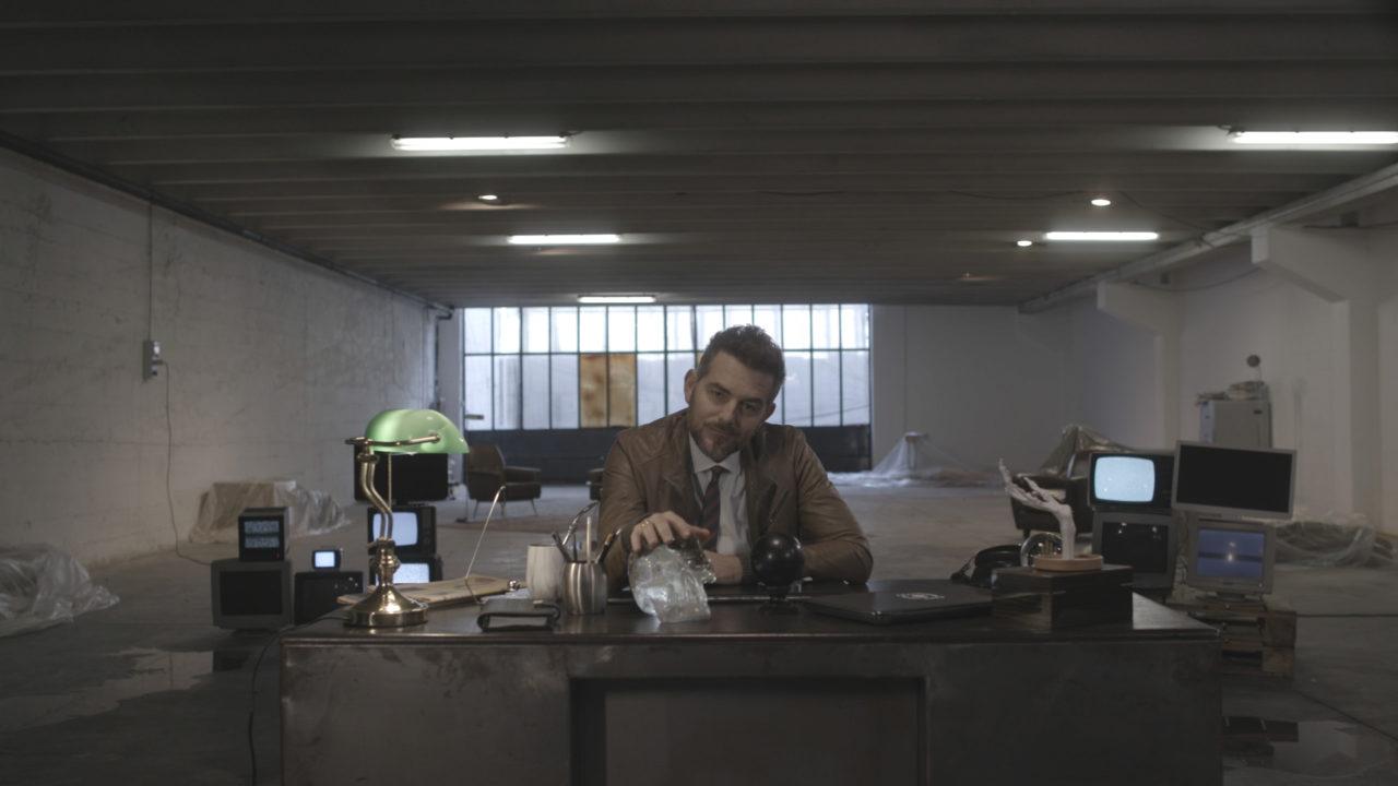 Il Boss del Paranormal 2 diretta 5 gennaio