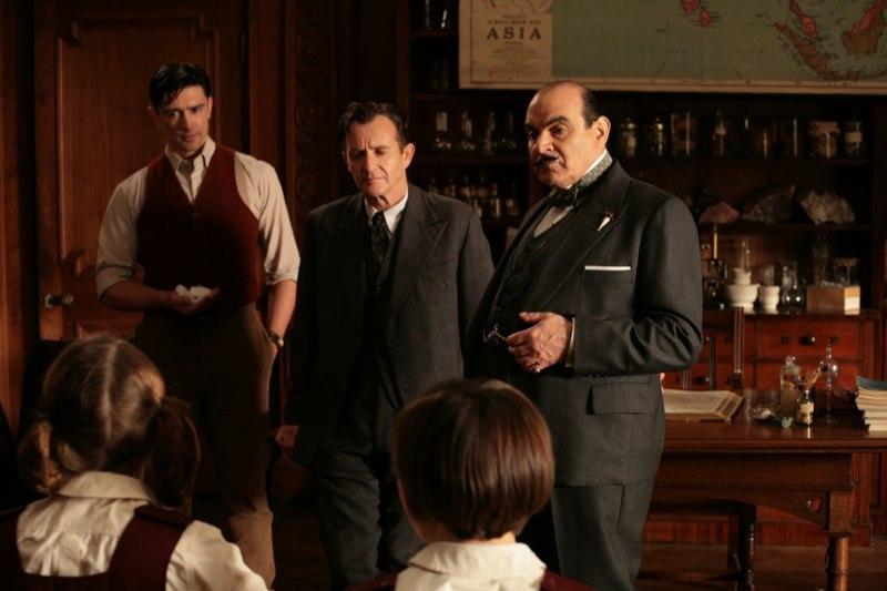 Poirot Macabro quiz film attori