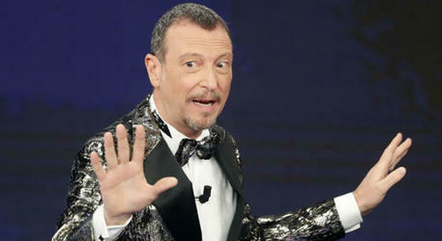 Sanremo 2021 Amadeus non conduce senza pubblico