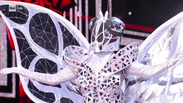 Il cantante mascherato 5 febbraio la farfalla
