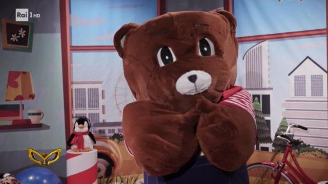Il cantante mascherato 5 febbraio orsetto