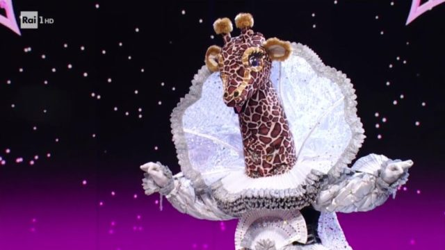il cantante mascherato 12 febbraio giraffa