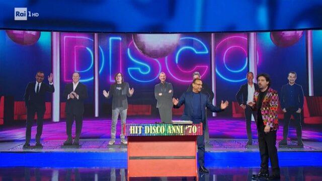 The top ten hit 30 de abril 70 discoteca
