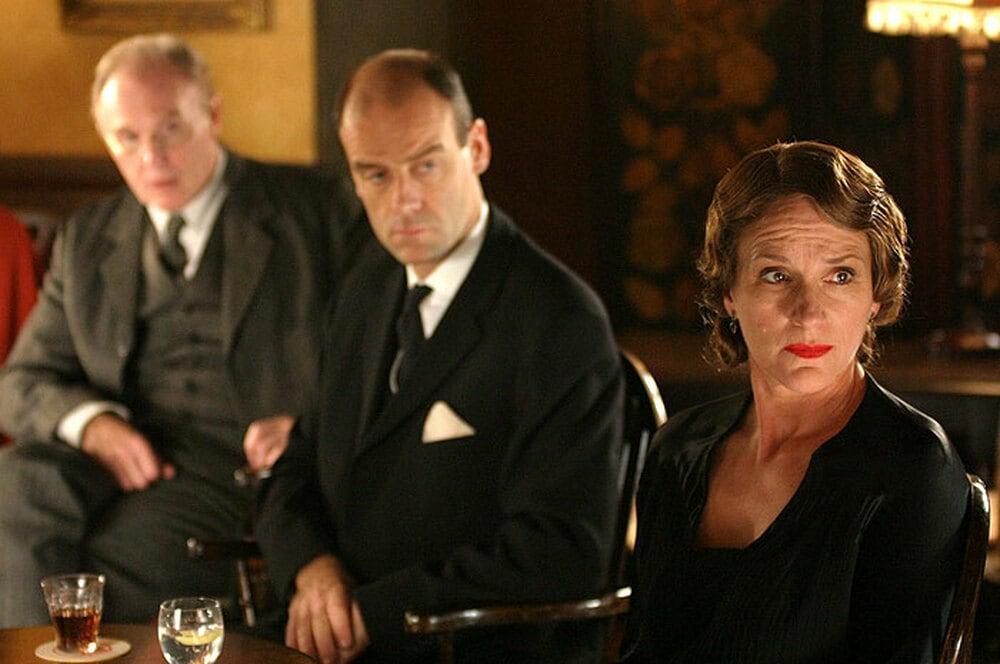 Poirot Alla deriva film finale