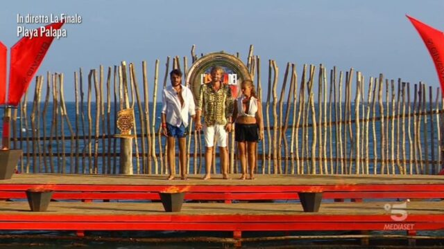 Isola dei Famosi 2021 diretta 7 giugno Awed e Valentina Persia