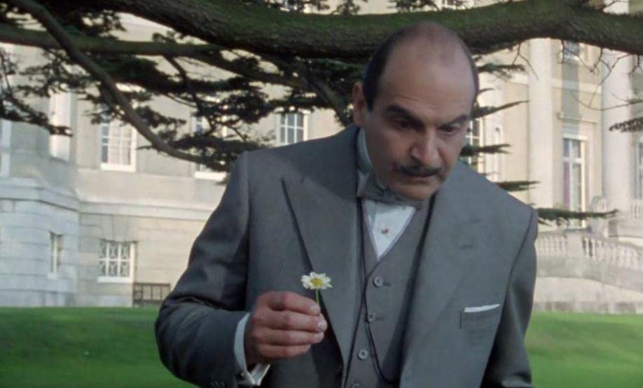 Poirot Chi ha rapito Johnny Waverly trama