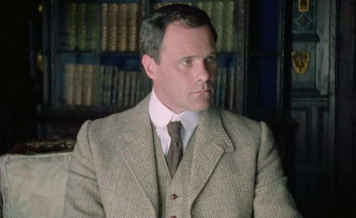 Poirot Hastings indaga attori