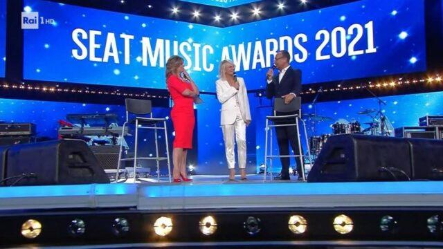 Seat Music Awards 2021 Rai 1 Maria de Filippi