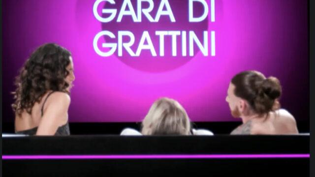 Undressed Gara di grattini