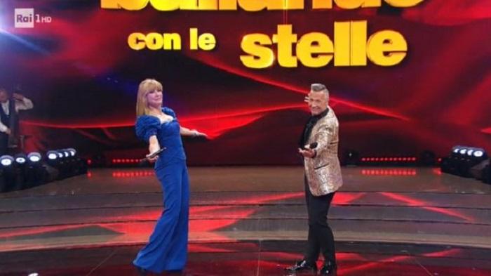 Ballando con le stelle 16 ottobre Milly Carlucci e Paolo Belli