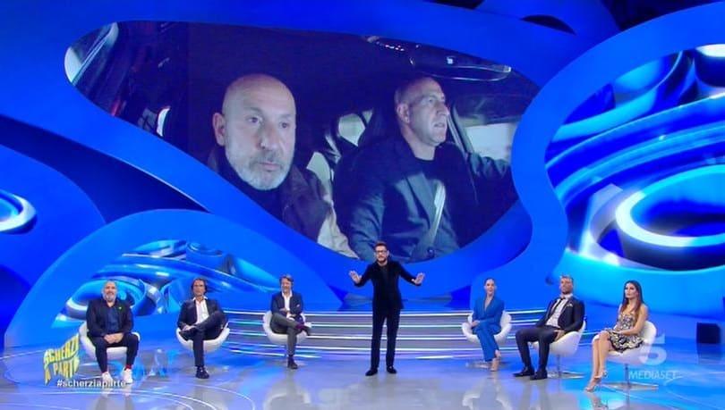 Scherzi a parte 3 ottobre Canale 5